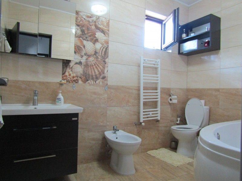 Casa de vanzare, 3 camere   Lunca Cetatuii -8