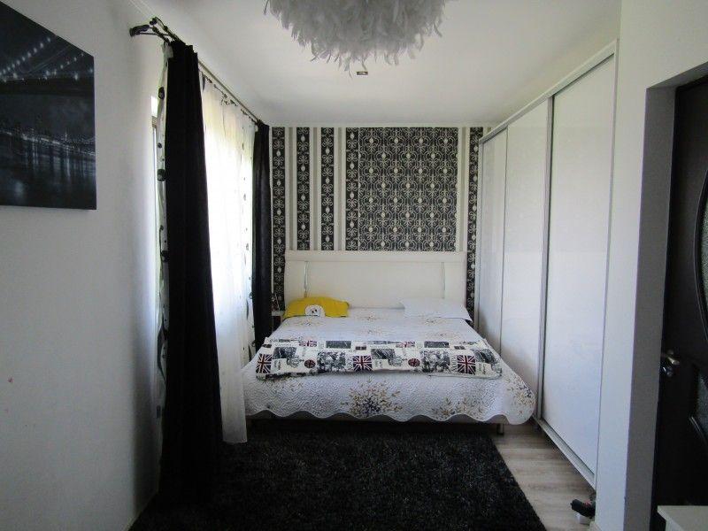 Casa de vanzare, 3 camere   Lunca Cetatuii -12
