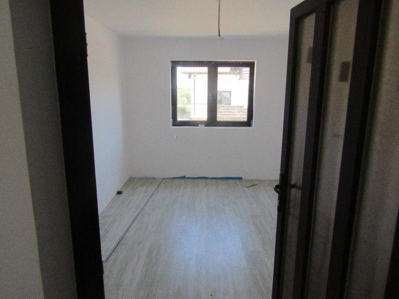 Casa de vanzare, 3 camere   Vorovesti -3