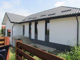 Casa de vanzare, 4 camere   Breazu