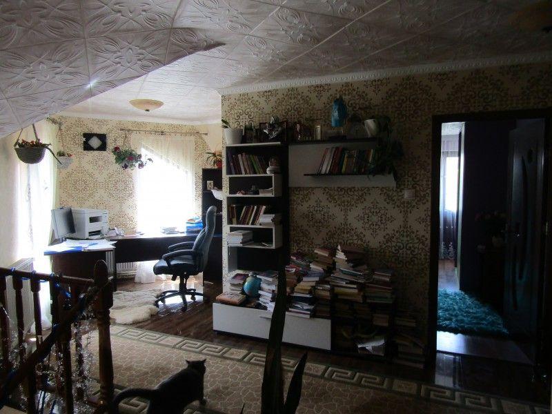 Casa de vanzare, 4 camere   Valea Adanca -6
