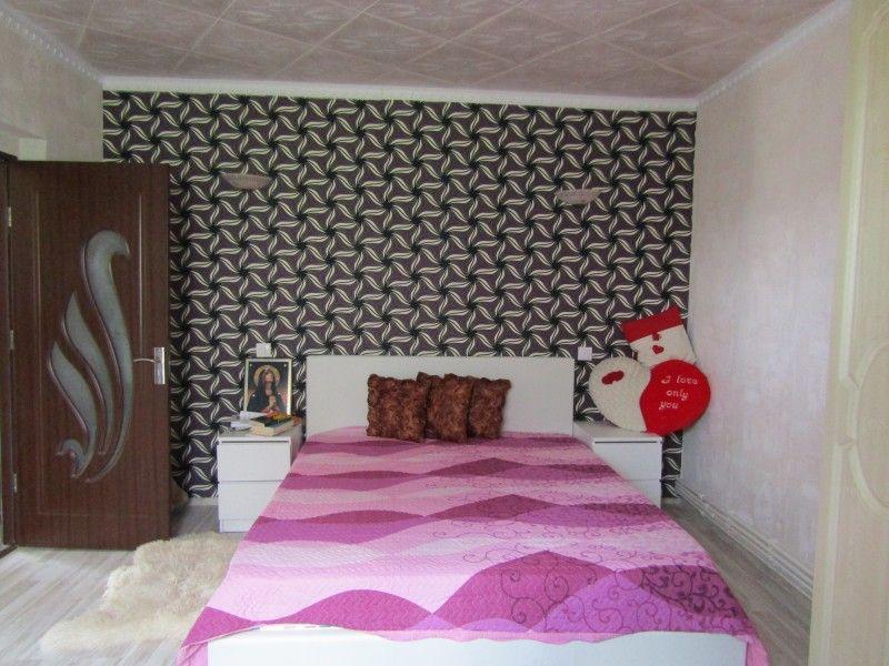 Casa de vanzare, 4 camere   Valea Adanca -9
