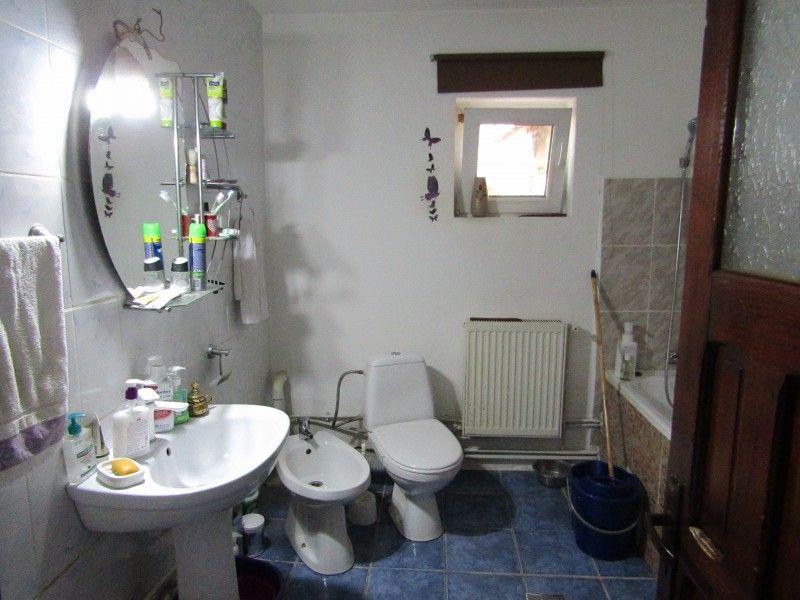 Casa de vanzare, 4 camere   Valea Lupului -2