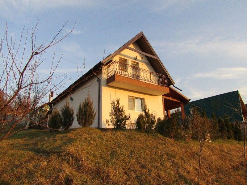 Casa de vanzare, 4 camere   Valea Lupului -8