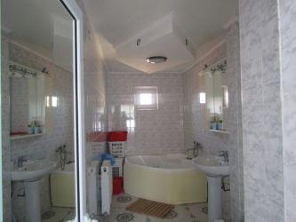 Casa de vanzare, 6 camere   Tatarasi