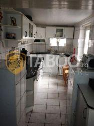 Casa de vanzare cu 6 camere in Sebes zona linistita
