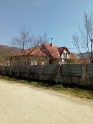 Casa de vanzare la cheie in comuna Baru sat Petros județ Hunedoara