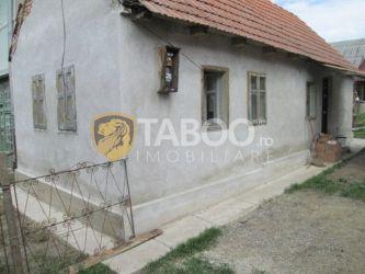 Casa de vanzare la tara in Spring judetul Alba cu teren de 1160 mp