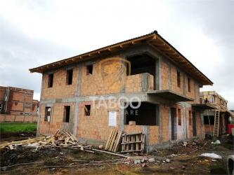 Casa duplex cu 3 camere 3 bai 120 mp utili zona Calea Cisnadiei