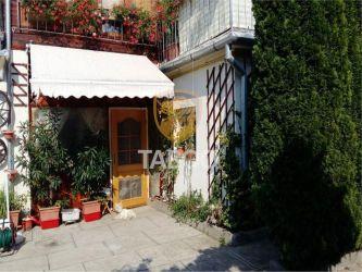 Casa individuala 8 camere pretabila pensiune Ultracentral in Cisnadie