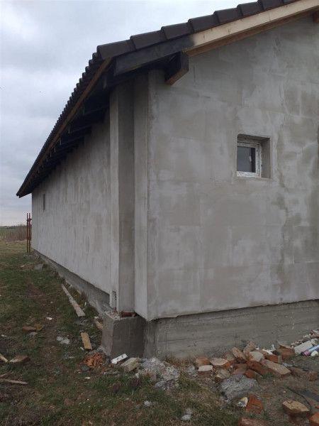 Casa la pret de apartament in Sanmihaiu Roman - ID V204-12