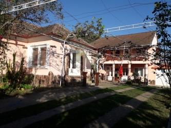 Casa langa padure,aproape de ORADEA,URVIND,COM.LUGASU DE JOS