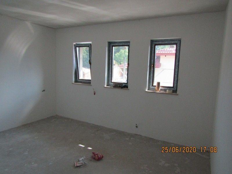 Casa nou de vanzare, 4 camere   Barnova -6