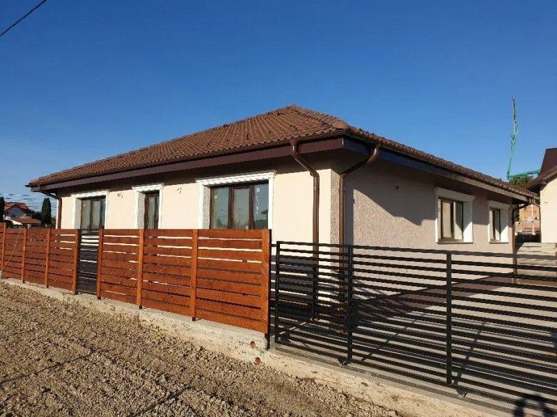 Casa nou de vanzare, 4 camere   Breazu -1
