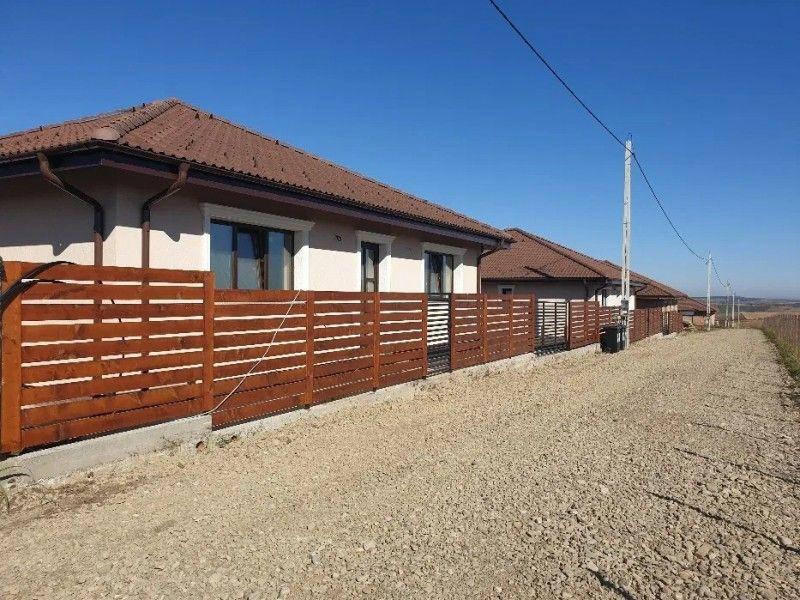 Casa nou de vanzare, 4 camere   Breazu -4
