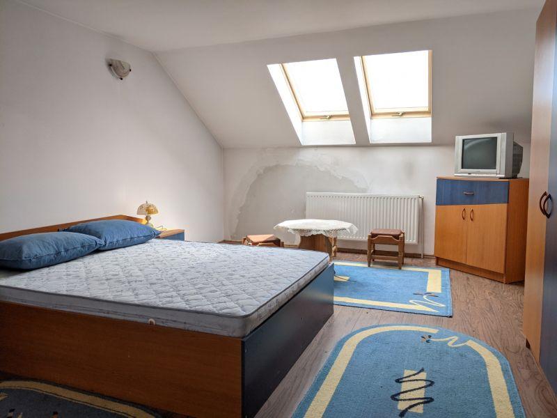 Casa Sacele Baciu ideala pentru pensiune-3