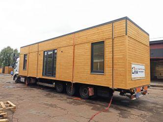 Case gata făcute de la producător