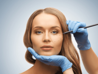 Chirurgie plastică estetică și reconstructivă în regiunea feţei şi gât