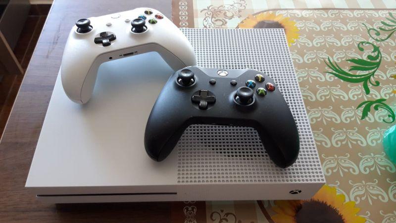 Consola Xbox one-  2 ani GARANTIE-1