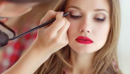 Curs acreditat Make-up Artist Arad