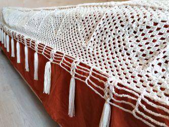 Cuvertura crosetata pentru pat matrimonial