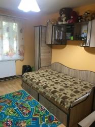 De vanzare apartament cu 4 camere, pretabil pentru orice acivitate