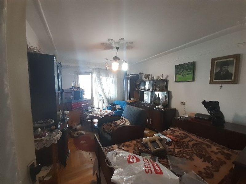 Frumoasa apartament 2 camere decomandat 60 mp cu CT-5