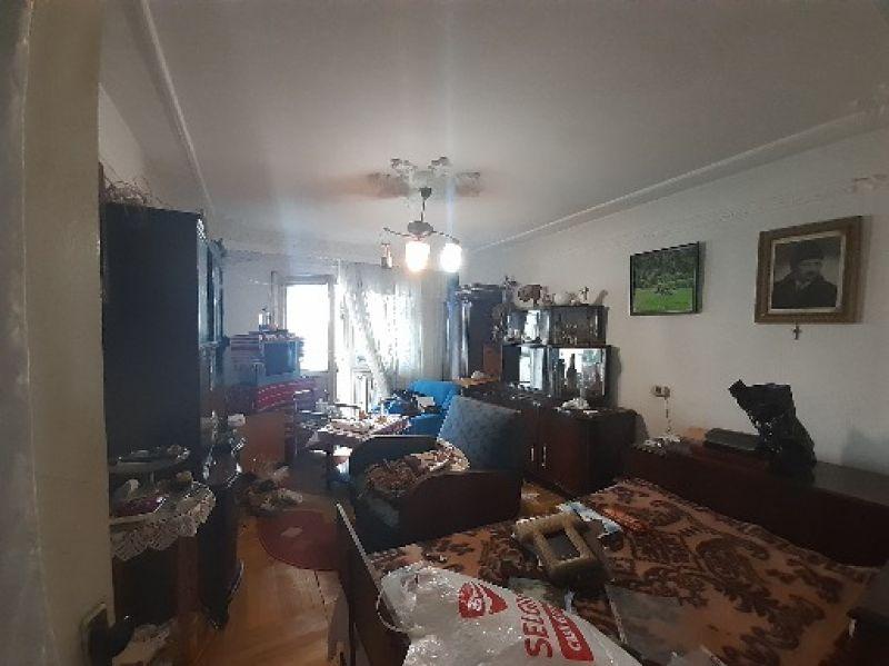 Frumoasa apartament 2 camere decomandat 60 mp cu CT-8