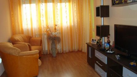 Galati-Apartm. 3 camere, Sdec, Micro 39 A, Y-uri, etaj 4/4, 50 mp,