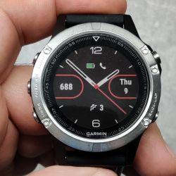 Garmin Fenix 5, HR, GPS, 2 curele rezerva, 6 luni garantie