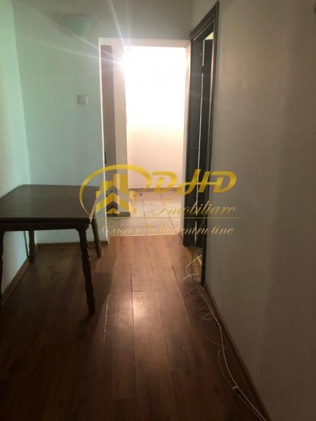 In Iasi apartament cu 2 camere - Tatarasi  ideal pentru investitii-1