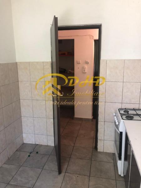 In Iasi apartament cu 2 camere - Tatarasi  ideal pentru investitii-4
