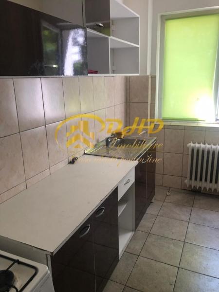 In Iasi apartament cu 2 camere - Tatarasi  ideal pentru investitii-5