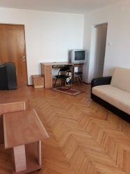 Inchiriez 2 camere in apartament de 4 camere