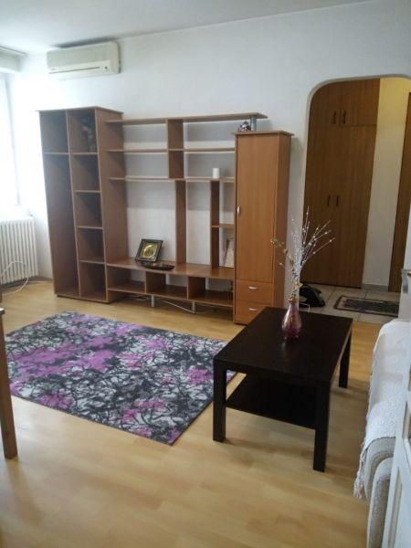 Inchiriez apartament 2 camere Stefan cel Mare-2