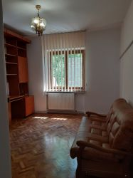 Inchiriez apartament 2 camere, ultracentral, ideal firma