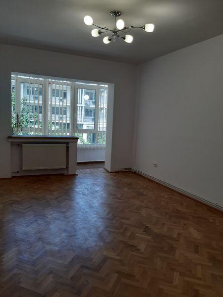 Inchiriez apartament 2 camere, ultracentral, ideal firma-7