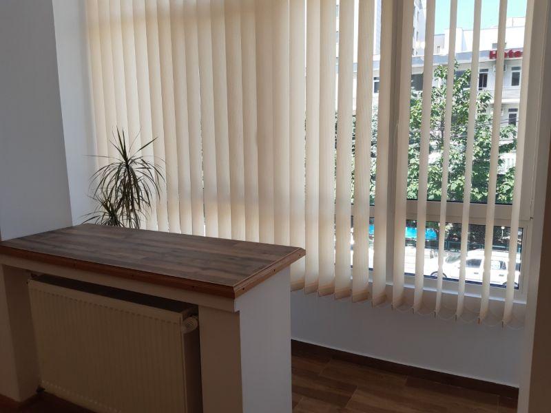 Inchiriez apartament 2 camere, ultracentral, ideal firma-8