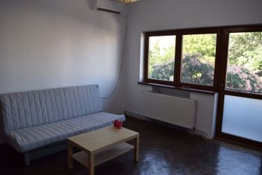 Inchiriez apartament 3 camere zona Unirii