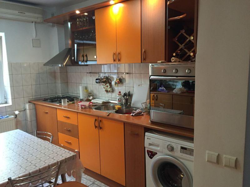 inchiriez apartament 3 camere zona vitan mall-2