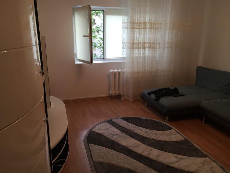 inchiriez apartament 3 camere zona vitan mall-5