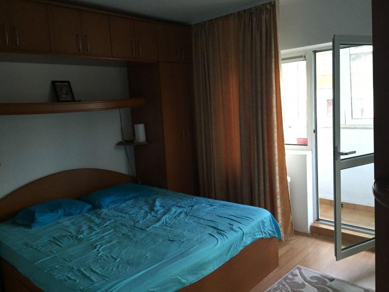 inchiriez apartament 3 camere zona vitan mall-10