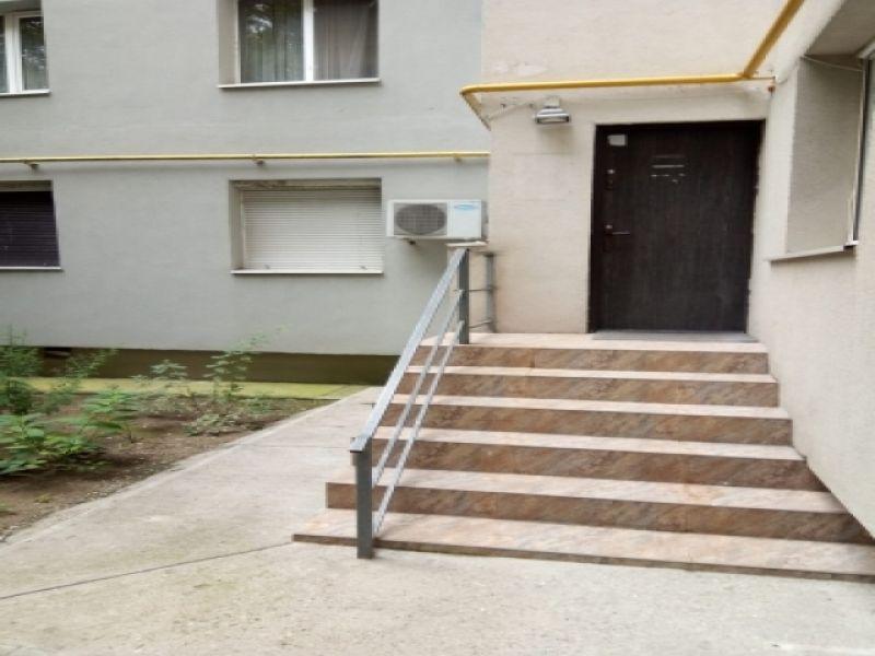 Inchiriez apartament 4 camere Dristor / Rm Valcea parter stradal-2
