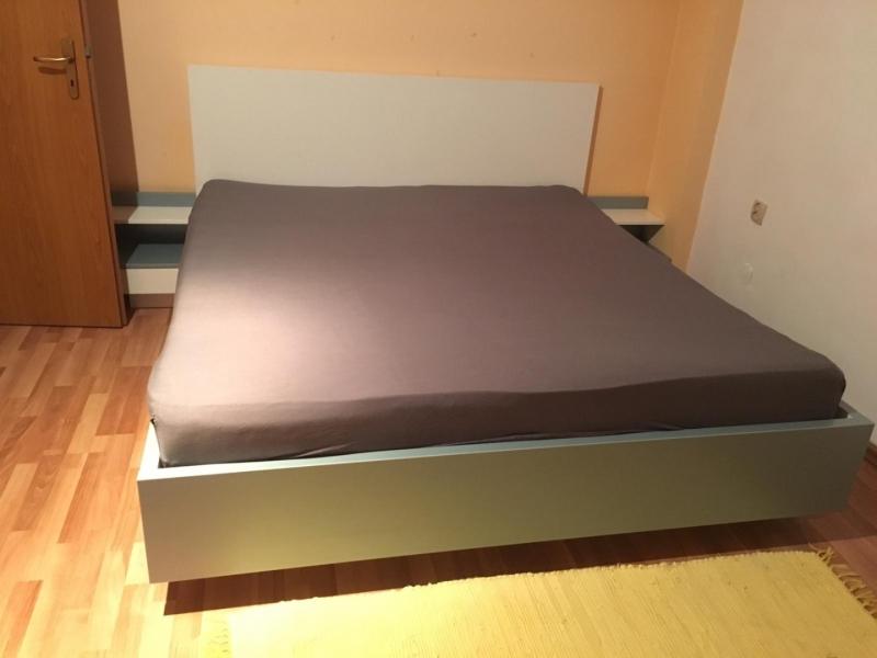 Inchiriez  apartament cu 2 dormitoare pentru UNTOLD-3
