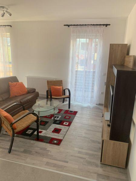 Închiriez apartament in Brasov 3 camere Avantgarden -2