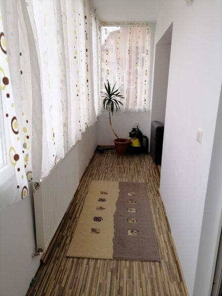 Inchiriez apartamente cu 2-3 camere în regim hotelier,80-100ron/noapte-6