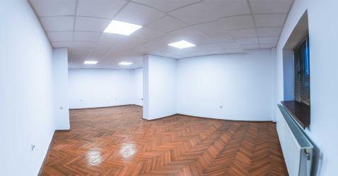 Inchiriez in Craiova parter pentru birouri