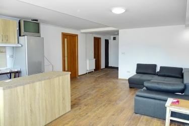 INCHIRIEZ in regim HOTELIER Apartament 2 camere in Brasov