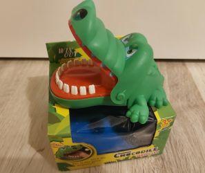 Jucarie amuzanta cu dinti miscatori jucarie croco pentru copii
