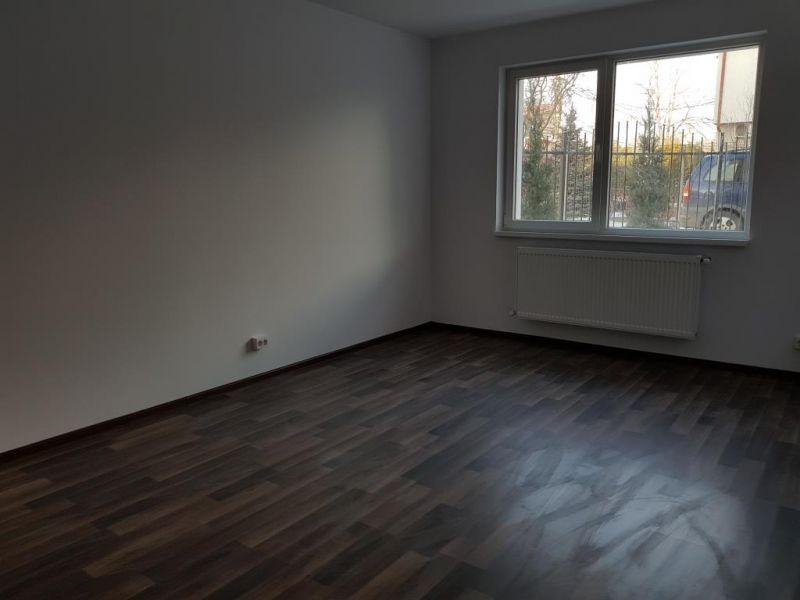 Metrou Berceni, apartament decomandat, 2020-2